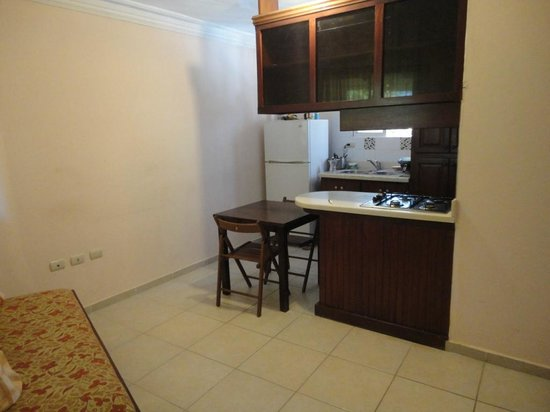 Bavaro Hostel : cozinha completa