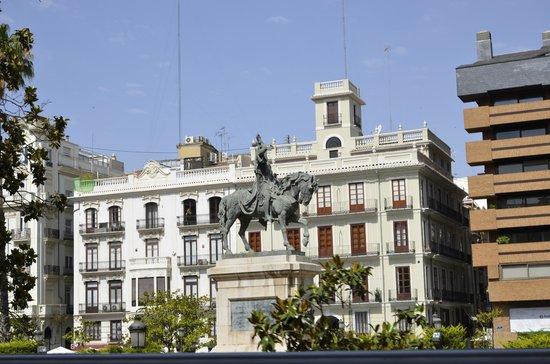 Petit Palace Plaza de la Reina: Rondrit lang heeel veeel moois ...