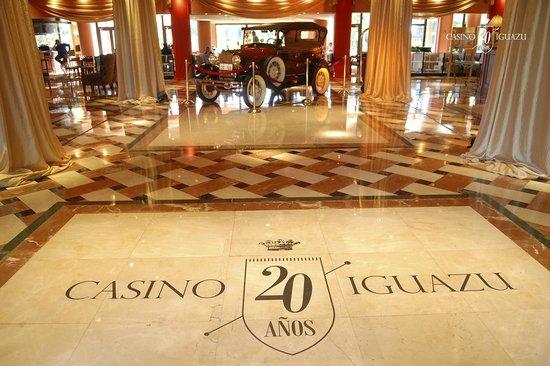 Casino Iguazu: Celebracion de los 20 anos de Casino Iguazú - Lobby de Iguazu Grand Hotel