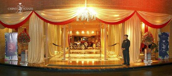 Casino Iguazu: Celebracion de los 20 anos de Casino Iguazú - Entrada de Iguazu Grand Hotel
