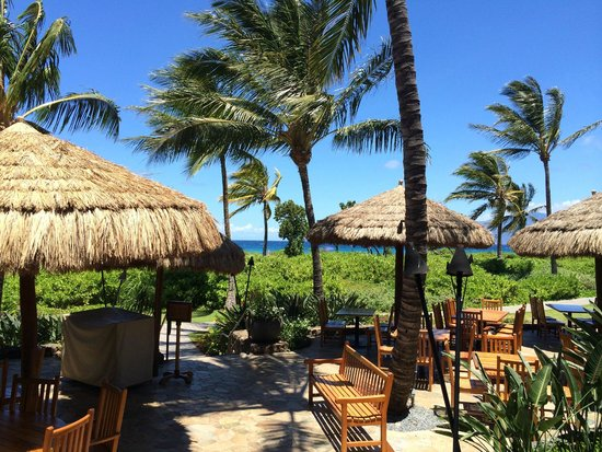 Duke's Beach House : View from Duke's at lunch