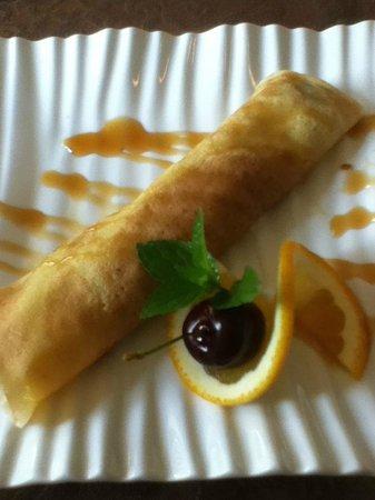 Via Veneto: Cherry crepe dessert