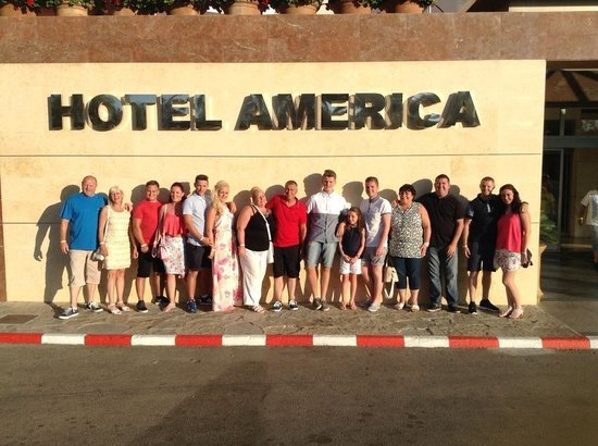 Hotel Globales America: All 15 of us at hotel america