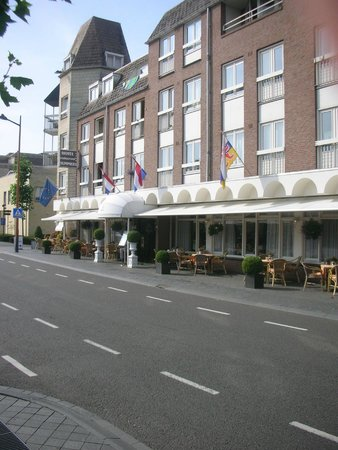 Hotel Tummers: Front of the Hotel