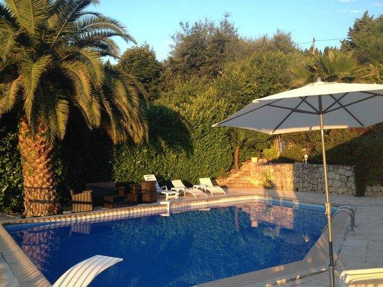 Escale d'Azur : dans un jardin provençal