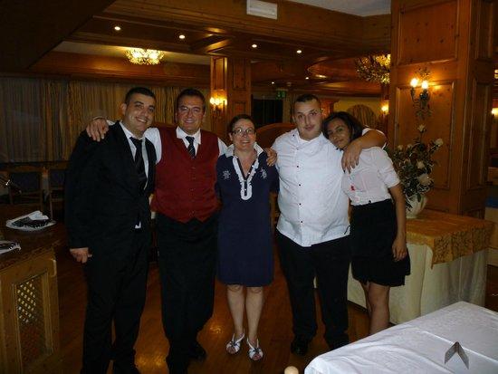 Park Hotel & Club Diamant: io con il presonale (Giuseppe Marcello io Nunzio e Monica)