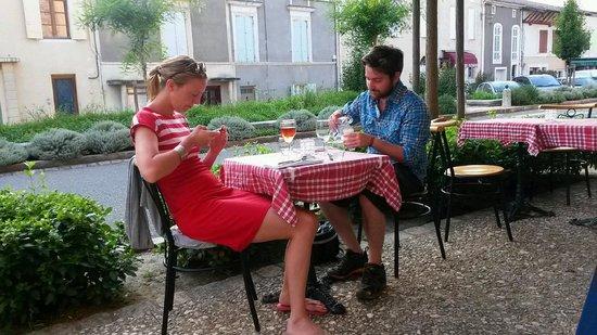 Le Gensake: Diner pour deux à Gensac