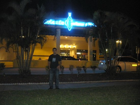 Orlando Continental Plaza Hotel: Frente del Hotel
