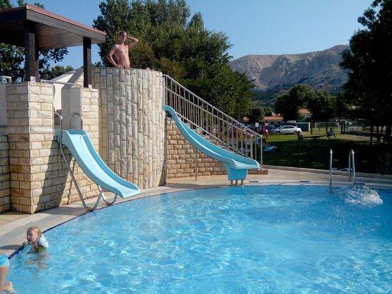 Corinthia Baska Hotel: toboggans enfant