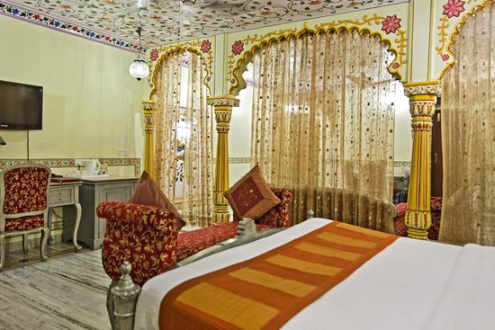 Umaid Bhawan Heritage House Hotel : Our wonderful Maharaja Suite