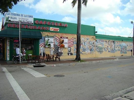 Little Havana : Esquina en la calle 8