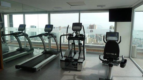 Dazzler Lima: gym