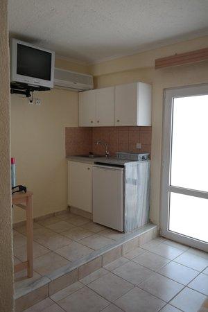 Ammoudara Beach Hotel: room