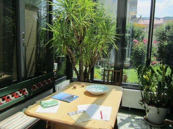 Mein lieber Schwan: conservatory for dining