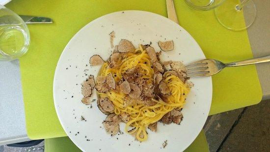 I Tartufi Bistrot: Spaghetti with truffles