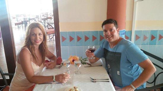 Memories Paraiso Beach Resort : Dinner