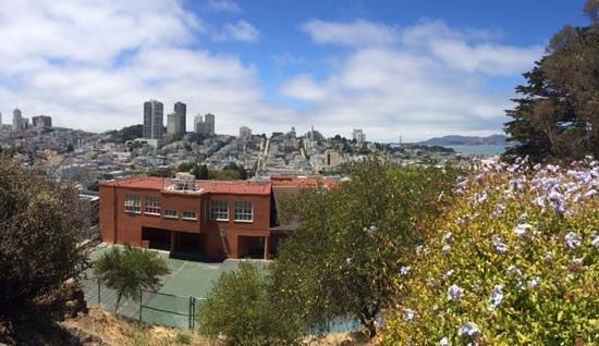 Urban Trek USA: Amazing SF
