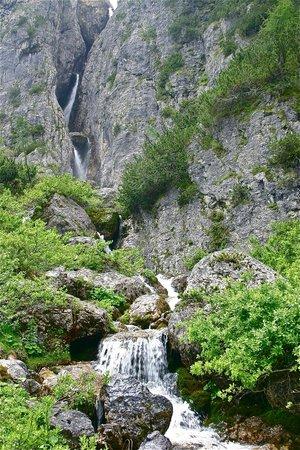 Sporthotel Panorama: Water falls