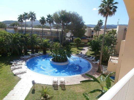 Hotel Club Cala Tarida : La piscina pequeña del hotel