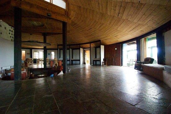 Gyreum Eco Lodge : Main circle room