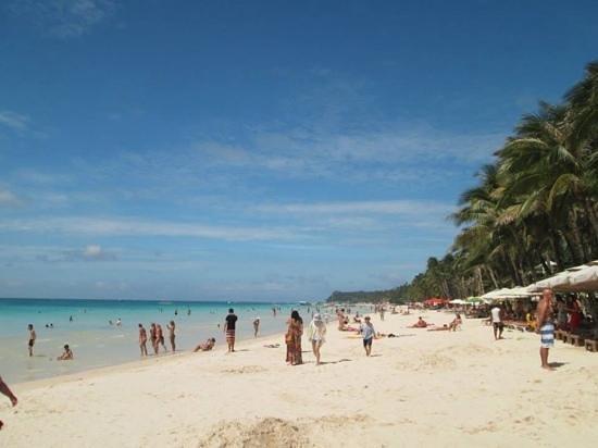 White Beach: WHITE SAND AND BLUE WATER!