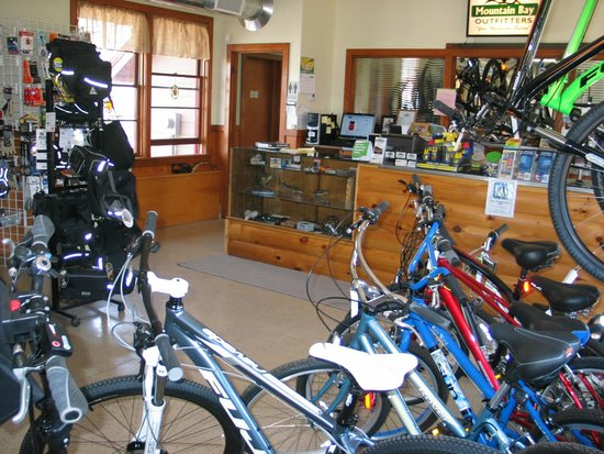Mountain Bay Outfitters : Plenty of bikes for the whole family to choose from.