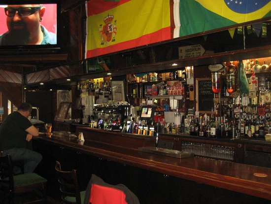 O'Shea's Hotel: Bar