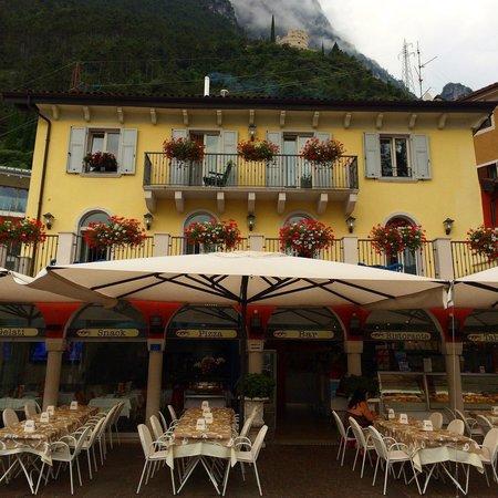 Ristorante Pizzeria Nazionale : Cafe Nazionale