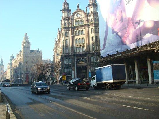 Continental Hotel Budapest : centre ville
