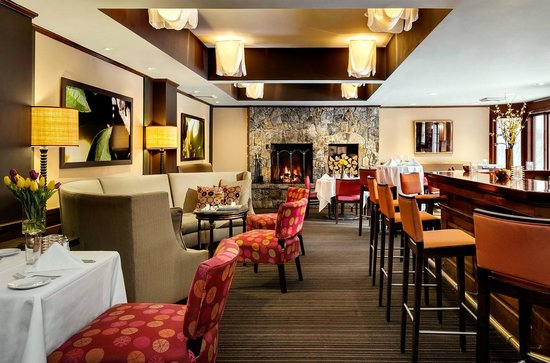 The Orchards Hotel : Gala Steakhouse Lounge