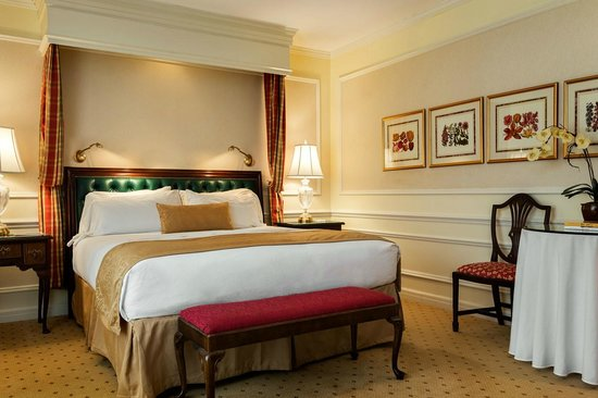 The Orchards Hotel : King Superior Room