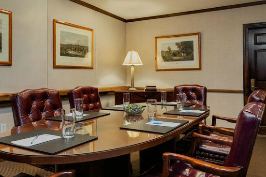 The Orchards Hotel : Sawyer Room