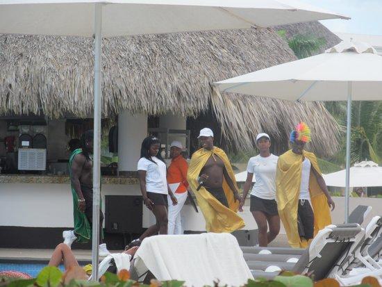 Hard Rock Hotel & Casino Punta Cana: El equipo de animación, increíble