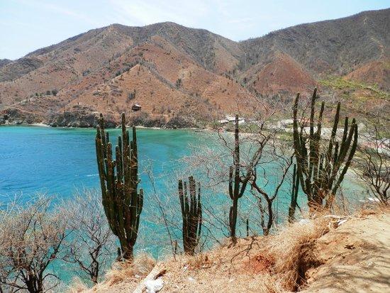 Desde Taganga caminando hacia Playa Grande.