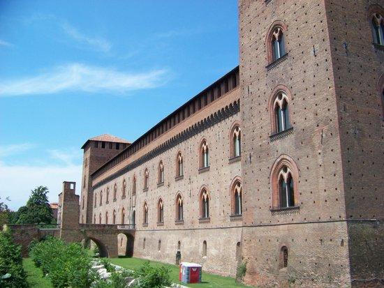 Musei Civici di Pavia Castello Visconteo: Castello Visconteo