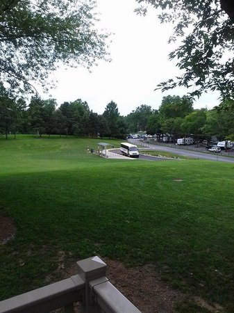Hersheypark Camping Resort: View from our porch to Hershey Park shuttle