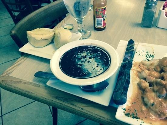 Azucar Restaurant and Bakery: beans, beans, beans
