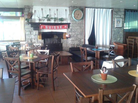 sala bar con camino - Foto di Albergo Cardada, Orselina - TripAdvisor