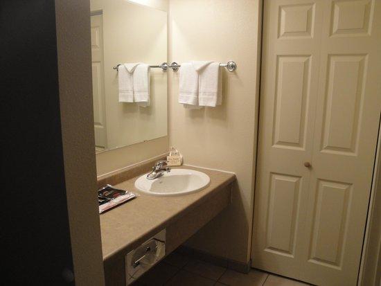 Cody Legacy Inn: Salle de bains