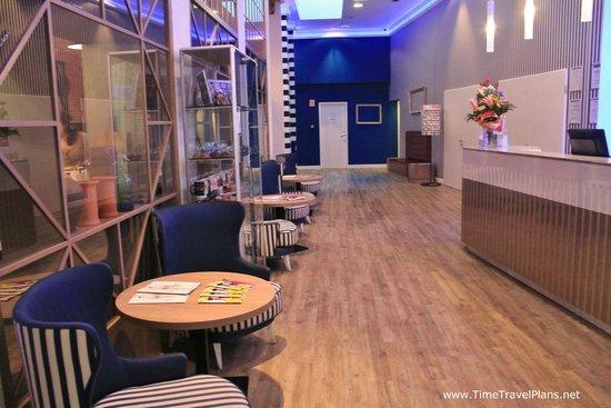 Estilo Fashion Hotel: lobby