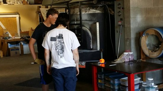 Lincoln City Glass Center: Glass blowing with a 14 year old