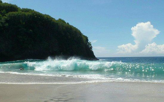 Ashyana Candidasa Beach Resort : White sand beach-Candidasa