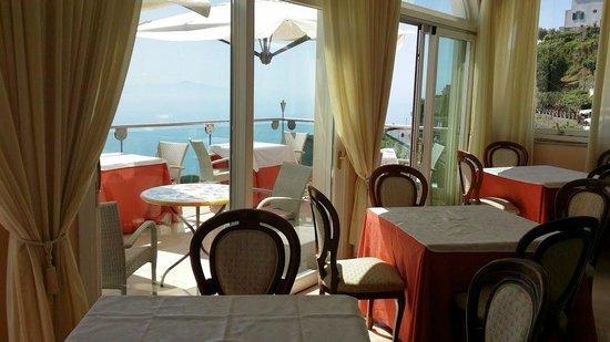 Hotel Bonadies : SALA E TERRAZZO