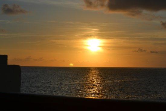 Now Sapphire Riviera Cancun: Sunrise