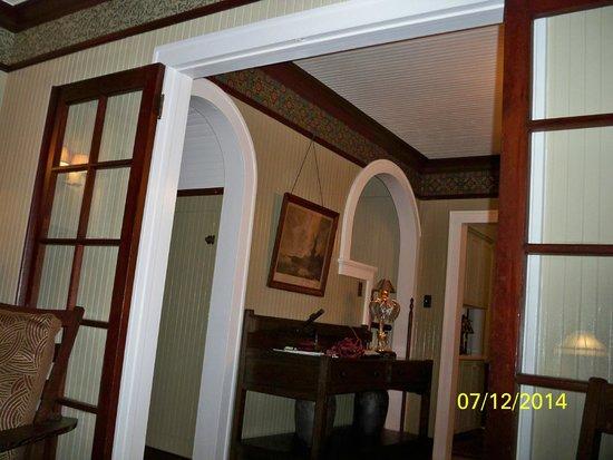 Roanoke Island Inn: Room Views