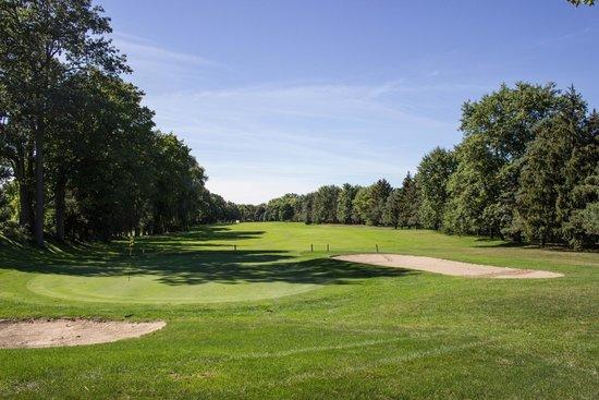East Park Golf Gardens: 18th Fairway