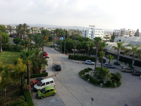 Palm Beach Hotel & Bungalows: вид из окна