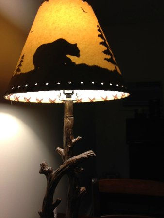 Sunset Lodge Escanaba: Nice Accent Lamp