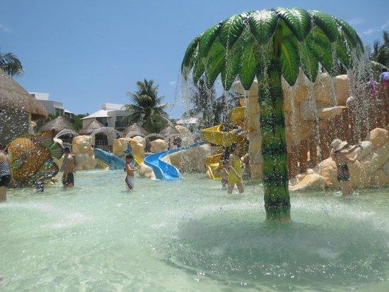 Sandos Caracol Eco Resort: kids zwembad