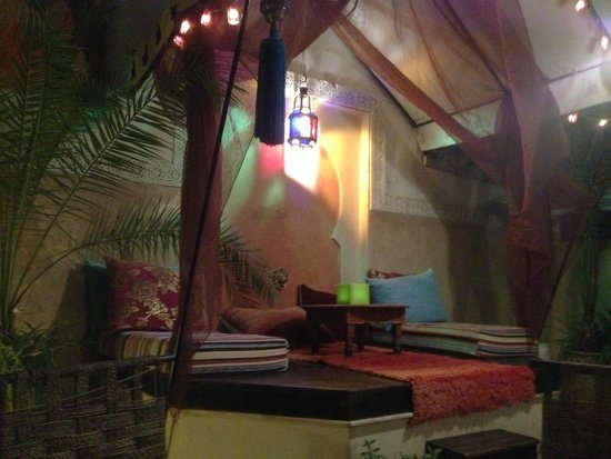 Riad Aguerzame : beautiful seating area
